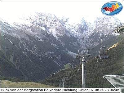 Blick von der Bergstation Belvedere Richtung Ortler